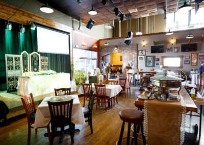 Main_Restaurant1_Facilites_TheHideout